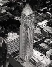 NationsBank Tower, 1992