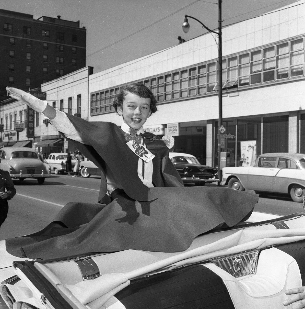 Many convertibles bore riding princes and princesses