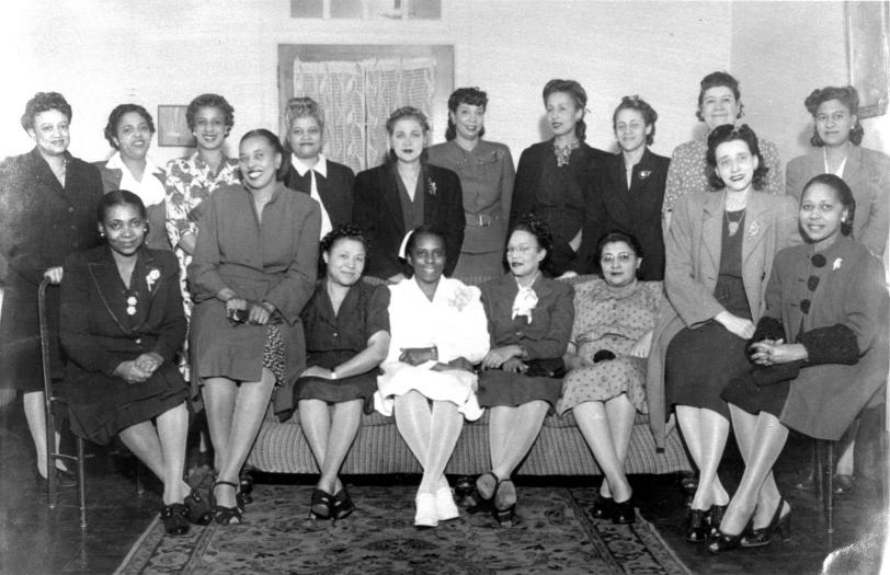 A meeting of the Good Samaritan Hospital Auxiliary in the 1940s. FLORETTA DOUGLAS GUNN.