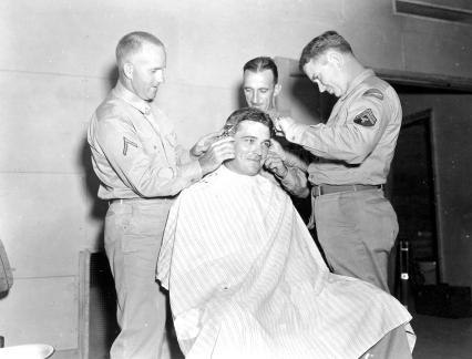 """""""Soldiers learning to be barbers, Camp Butner, N.C."""""""