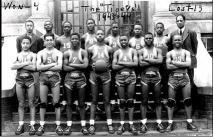 1944 Coach Diamond and Team